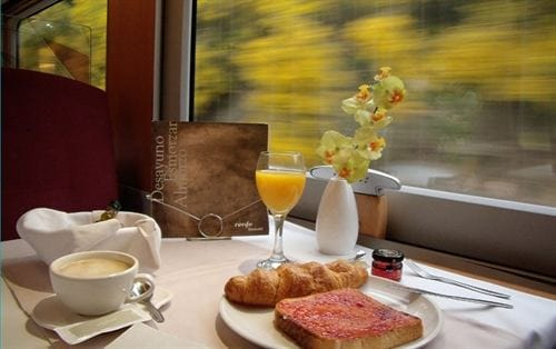 Новый поезд 'Train and Breakfast' в Испании