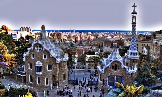 Иностранные туристы высоко оценивают Барселону