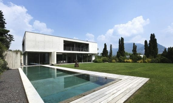 Снижение стоимости недвижимости в Испании во втором квартале 2014