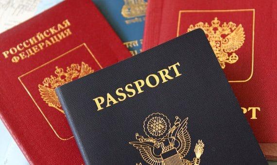 РФ ввела новый закон о наличии у граждан второго гражданства