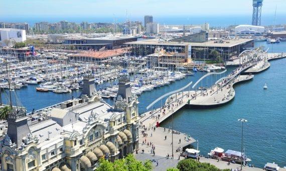 Испания продолжает устанавливать туристические рекорды