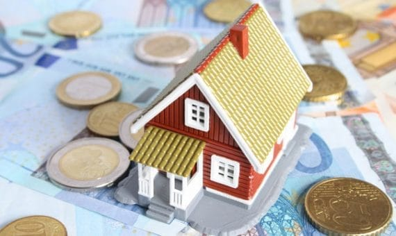 Цены на недвижимость во втором квартале снижаются