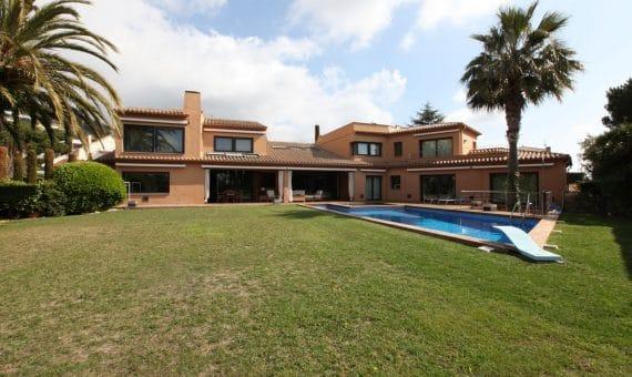 Дом на берегу моря, в Испании – реальность, которая вас достойна!