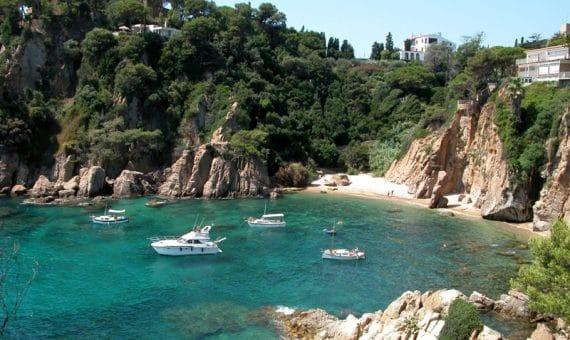 Продажи недвижимости в Испании продолжают увеличиваться