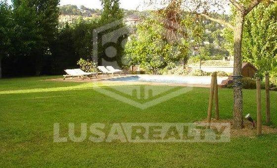 Вилла на участке 2000м2 с бассейном в Бланесе | 10417-6-560x340-jpg