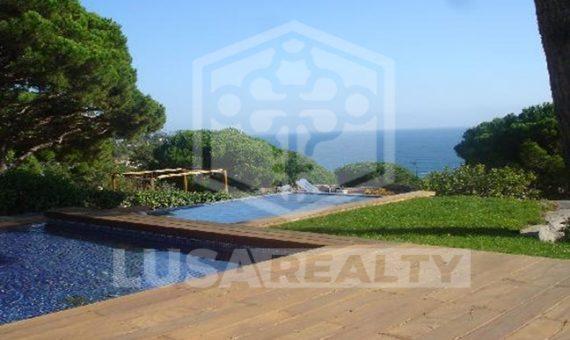 Вилла с бассейном в охраняемой урбанизации Кала Сан Францеск в Бланесе | 10884-2-570x340-jpg