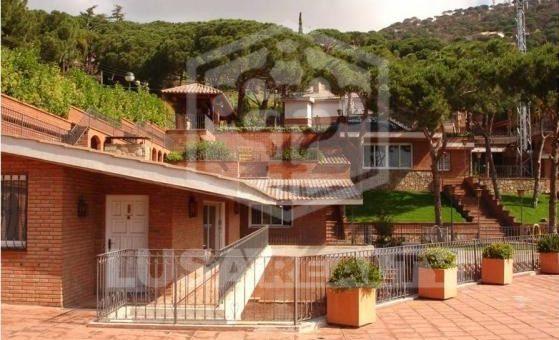 Вилла  Побережье Барселоны | 11408-6-559x340-jpg