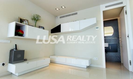 Вилла в современном стиле с потрясающими видами в пригороде Барселоны | 11580-3-570x340-jpg