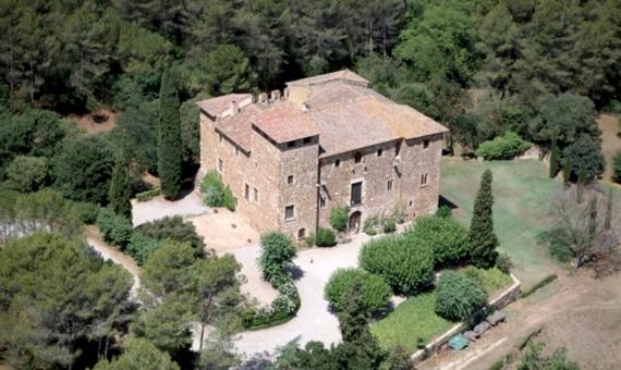 Поместье-замок Masia de Torre Negra в Сант Кугат | 11983-7-570x340-jpg