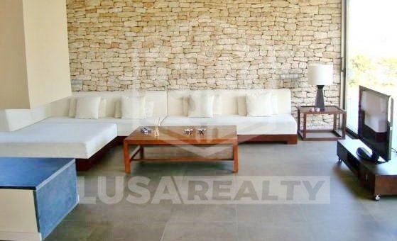 Вилла в стиле модерн на первой линии моря в Гава Мар | 12293-3-560x340-jpg
