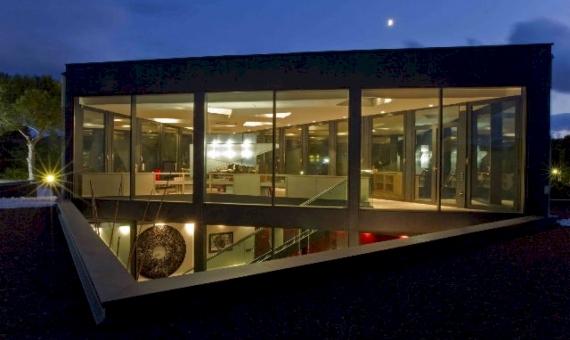Вилла в современном стиле в 200 м от моря в Ситжесе | 12332-0-570x340-jpg