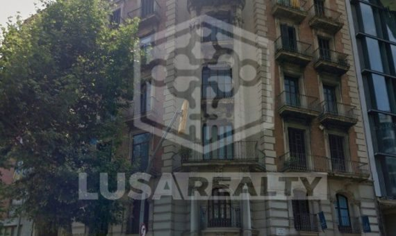 Здание  Барселона | 12489-0-570x340-jpg
