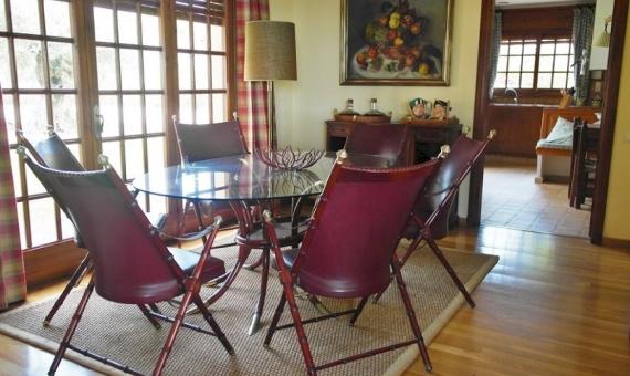 -Уютный дом недалеко от моря на большом участке в пригороде Барселоны | 13623-4-570x340-jpg