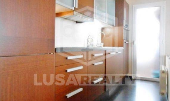 Отремонтированная квартира с балконом и выходом на пляж в Кастельдефельс | 2272-12-570x340-jpg