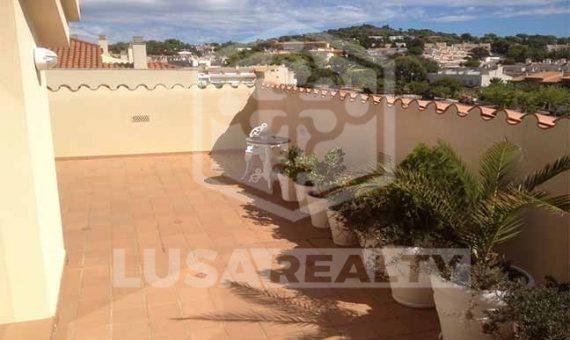 Квартира дуплекс рядом с пляжем в С'Агаро   3945-2-570x340-jpg
