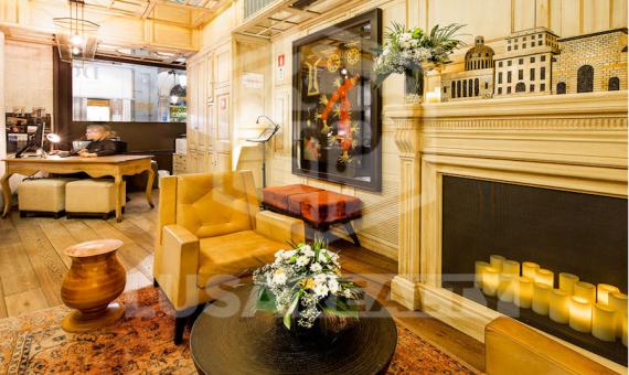 Отель 5***** с двумя ресторанами в Старом Городе | 5-lusahotelboutiquesalebarcelona5png-2-570x340-png