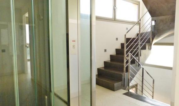 Дом в современном стиле в Сан-Висенс-де-Монтальт | 5514-8-570x340-jpg