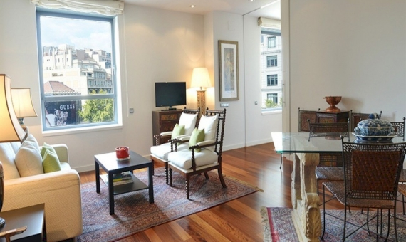 Продажа квартиры с лицензией на Пасео де Грасия в центре Барселоны | 6038-0-570x340-jpg