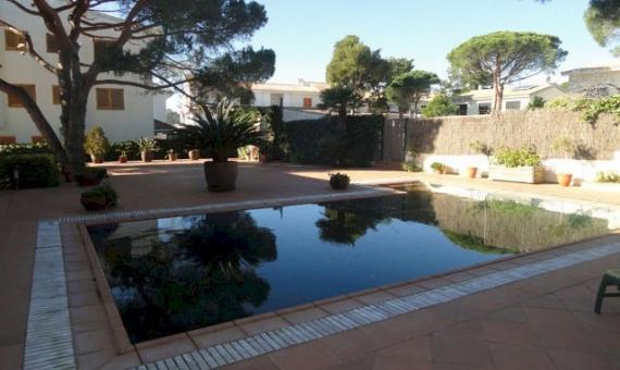Вилла 275 м2 с бассейном в С'Агаро   6354-3-570x340-jpg