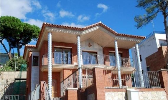 Дом 350 м2 у моря в Плайя де Аро | 6394-1-570x340-jpg