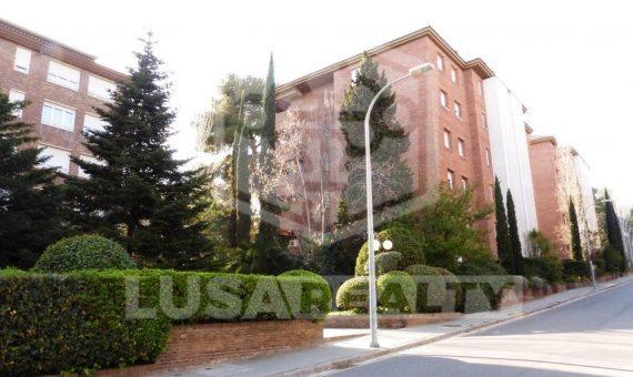 Квартира в Педральбес, Барселона   6812-0-570x340-jpg