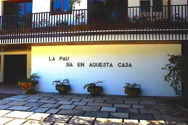 12357 — Большая вилла на побережье Коста Маресме | 683-10-jpg