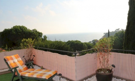 Вилла 300м2 с бассейном и видом на море в Ллорет де Мар | 7022-2-570x340-jpg