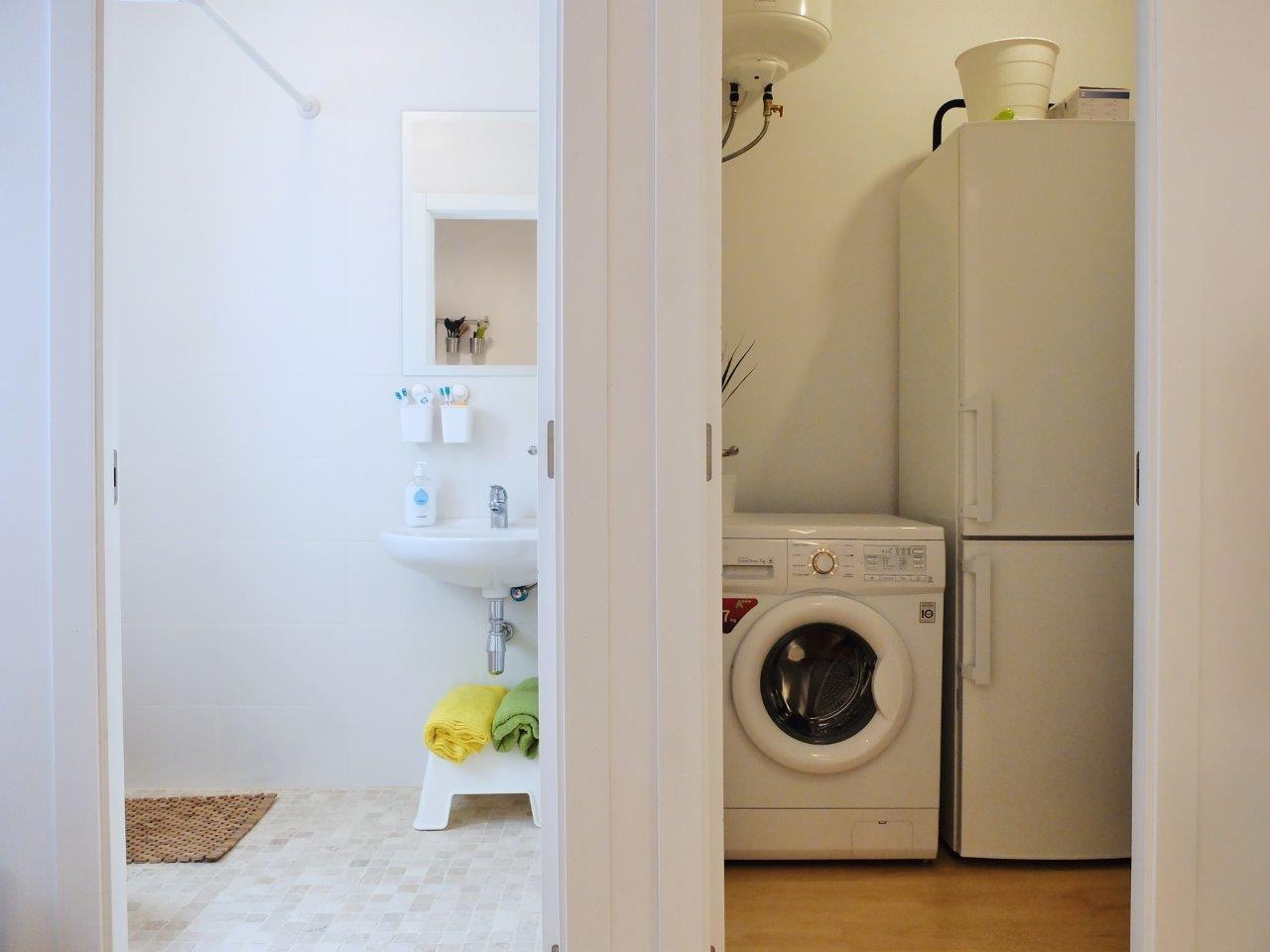 Красивая дизайнерская квартира в Барселоне | 715-9-570x340-jpg