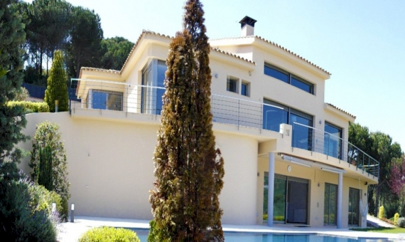 Современный дом с видами на море на участке 2000 м2 в Сан-Андрес-де-Льеванерас | 7358-8-570x340-jpg