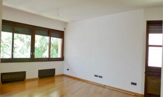 Квартира с террасой 18 м2 в Саррия / Сан Джерваси | 1
