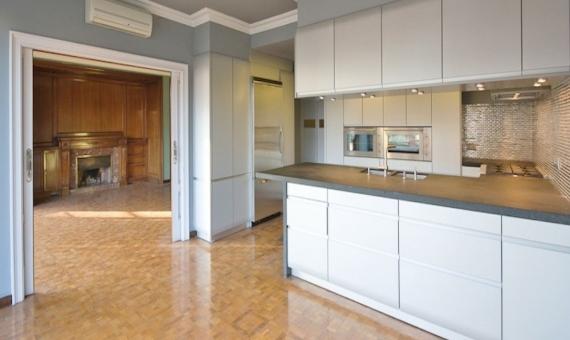 Квартира 310 м2 с террасой в Саррия / Сан Джерваси | 8002-6-570x340-jpg