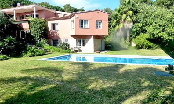 Вилла с садом и бассейном в Сан-Андрес-де-Льеванерас | 8324-2-570x340-jpg