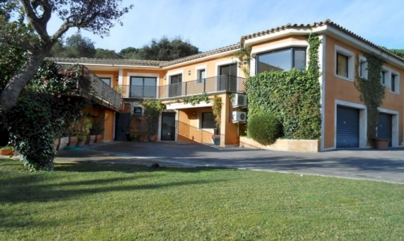 Продажа виллы в Санта Кристина де Аро | 8942-4-570x340-jpg
