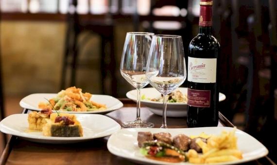 Ресторан средиземноморской кухни 500 м2 в деловом центре Барселоны, район Лес Кортс | 9271-0-570x340-jpg