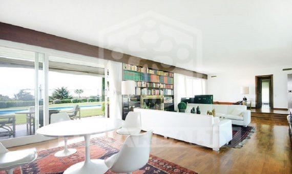 Продажа виллы с красивыми видами на большом участке в Sant Andreu de Llavaneres | 9517-10-570x340-jpg