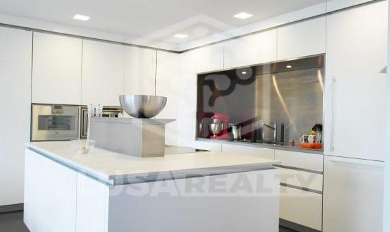 Дом 430 м2 в кубическом стиле в Сан-Андрес-де-Льеванерас   11-12-570x340-jpg