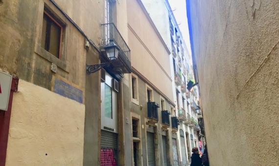 Здание с Художественной Галереей в Историческом Центре Барселоны | 7-whatsapp-image-20170313-at-113705-570x340-jpg