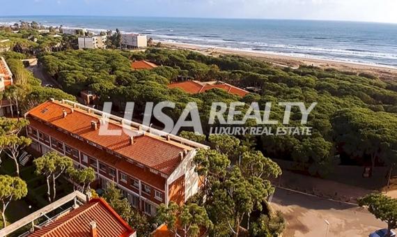 Дом 500 м2 с отделкой класса люкс на первой линии моря в Гава Мар | 0-drone-570x340-jpg