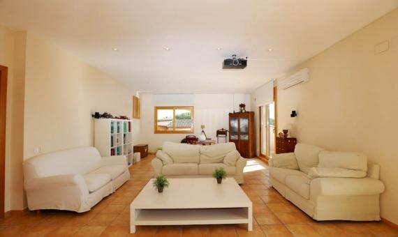Новый дом с видом на море на участке 1500 м2 к Кабрильсе | 19-20lusa-house-cabrilsjpg-570x340-jpg