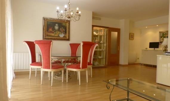 Уютная квартира с балконом в Гава Мар, ближайшем пригороде Барселоны | 2-3lusa-realty-gava-marjpg-2-570x340-jpg