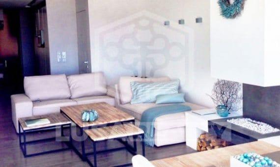 Квартира 90 м2 на первой линии моря в Кастельдефельсе | 1-3-570x340-jpg