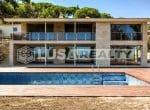 12809 — Продажа новой виллы с видом на море в  Cabrera de Mar | 33-lusa-realty-modern-luxury-villa-in-costa-maresme00034-150x110-jpg