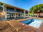 12809 — Продажа новой виллы с видом на море в  Cabrera de Mar | 35-lusa-realty-modern-luxury-villa-in-costa-maresme00036-150x110-jpg