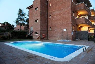 Функционирующий апарт-отель на 29 комнат в Кастельдефельсе