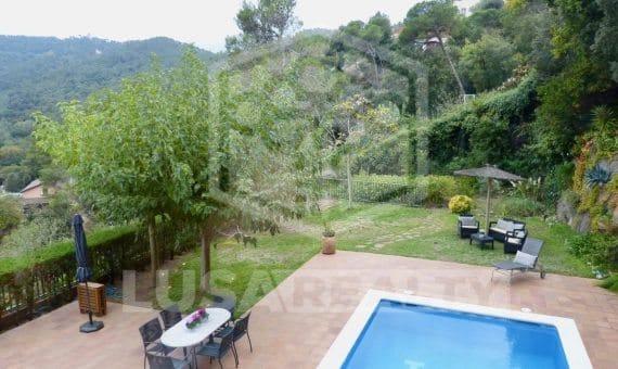 Аренда дома с бассейном в зоне Сан Кугат | p1080846-570x340-jpg