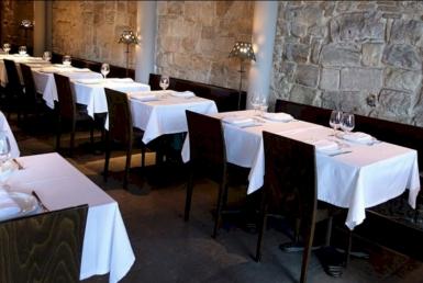 Передача прав собственности на ресторан 170 м2 в Старом Городе