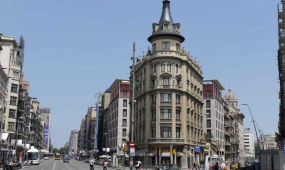 Просторное коммерческое помещения рядом с площадью Каталонии, Эшампле | 570x340-jpg