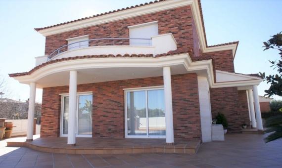 Новый дом в 1 км от пляжа в Калафель | 02-fileminimizer-570x340-jpg