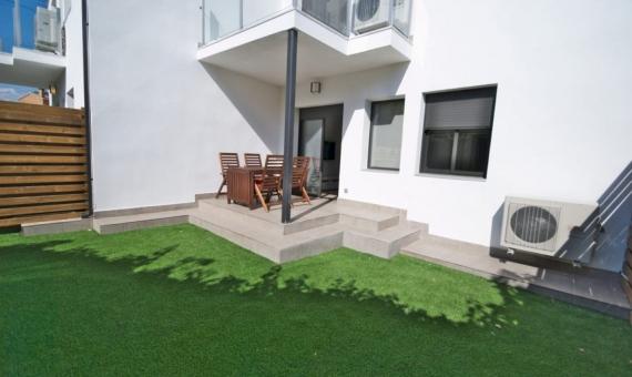 Новые апартаменты в 300 метрах от пляжа в Рода-де-Бара | 1-1-570x340-jpg
