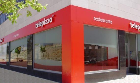 Коммерческое помещение, сданное в аренду сети пиццерий Telepizza, в Сан-Андреу | telepizzaestablecimiento-570x340-jpg